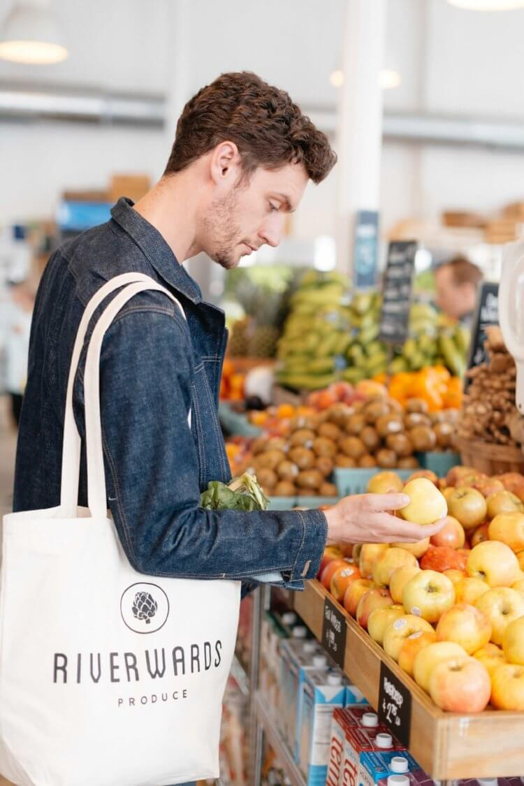 riverwards-produce-market-tote-shop-local-quality-produce